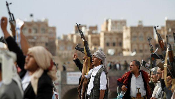 اختطاف مواطن في نقطة تفتيش حوثية أثناء مغادرته صنعاء