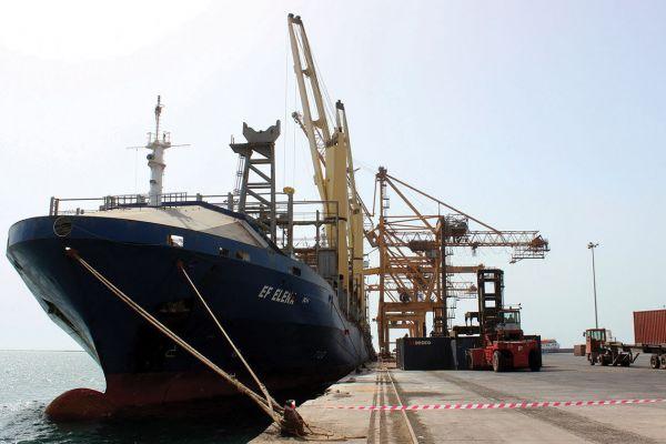 خلال ثلاثة أشهر.. اكثر من 29 مليار ريال إجمالي إيرادات الموانئ اليمنية من شحنات الوقود