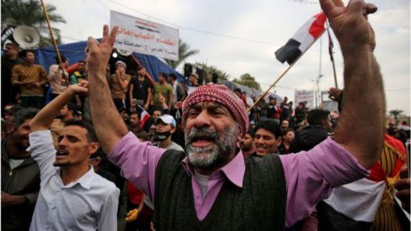 العراق: ارتفاع عدد قتلى الاحتجاجات وتورط مليشيا طائفية في أعمال عنف