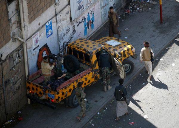 إتاوات حوثية تطال سكان صنعاء بحجة تجهيز قافلة لدعم مقاتلي المليشيات