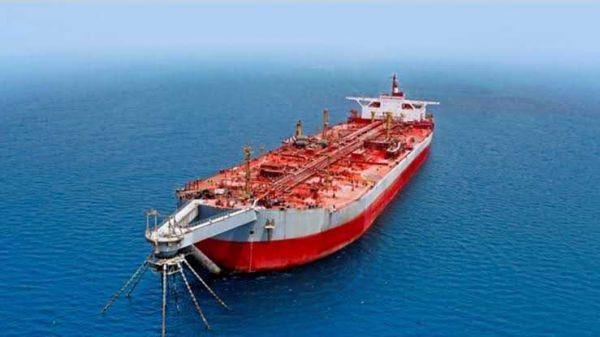 """وكالة أمريكية تكشف تسرب مياه الى داخل السفينة""""صافر"""": الكارثة باتت وشيكة"""