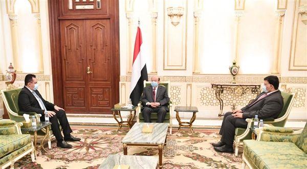 الرئيس: تسريع تنفيذ اتفاق الرياض يوحد الجهود لاستعادة الدولة