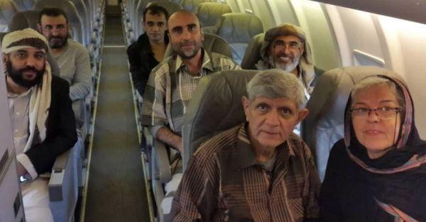 """ناشطون يمنيون يردون.. كيف بررت شبكة الحوثي """"الناعمة"""" نفي المعتقلين البهائيين..؟ (تقرير)"""