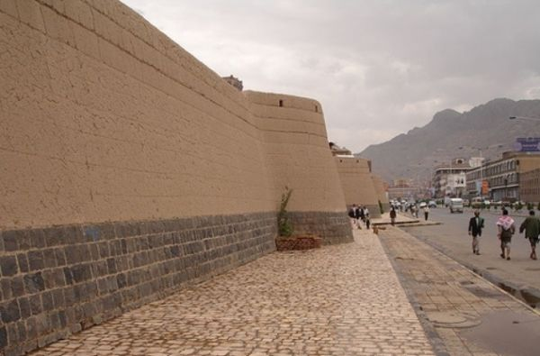 """بسبب الأمطار.. مطالبة """"اليونسكو"""" بالتدخل لحماية مواقع التراث العالمي في اليمن"""
