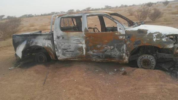 """انفجار لغم حوثي بسيارة مواطن بالجوف والمليشيا تحرقها """"بشكل كامل"""""""