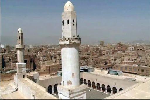 عبث مستمر بمساجد العاصمة.. (الحوثية) تحول مسجداً إلى مشغل خياطة وآخر إلى سجن
