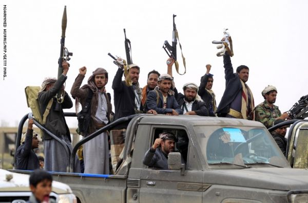 """مواطن يعرض """"كليته"""" للبيع لتخليص شقيقته وأسرته من سجن الحوثيين بصعدة"""