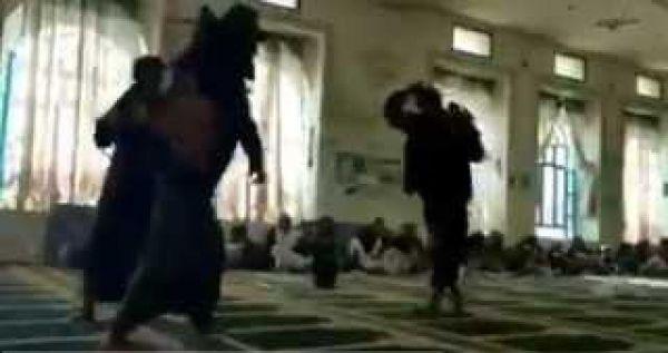 (الحوثي) يعترف بانتهاك مليشيات جماعته لحرمة المساجد بعد شيوع فيديو الرقص
