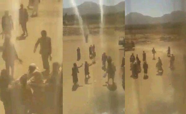 """في ظل الفوضى الأمنية.. """"فيديو"""" مليشيات الحوثي تداهم منزل عائلة بصنعاء وتستولي على أرضيتهم"""