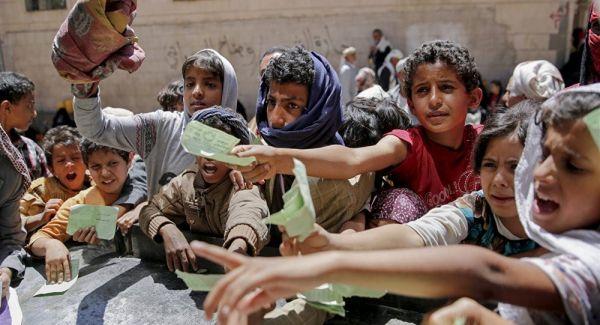 الركود يضرب الأسواق في مناطق سيطرة مليشيا الحوثي مع قرب شهر رمضان المبارك
