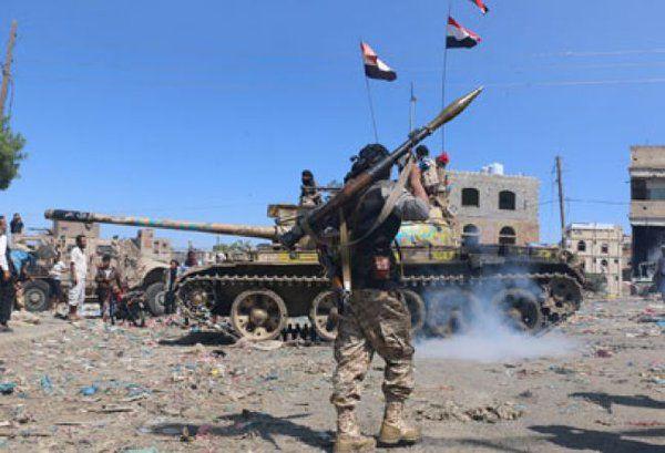 الجيش الوطني بتعز يشن هجوماً على مواقع المليشيا في جبهات غرب وجنوب المحافظة