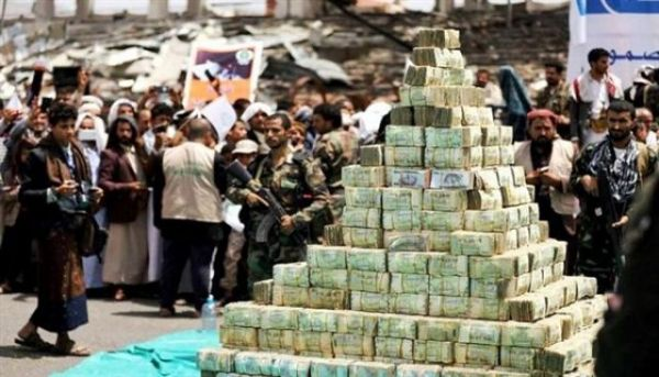 مليشيا الحوثي تشنّ حملات جبايات على تُجار العاصمة وتغلق عددا من المحلات التجارية