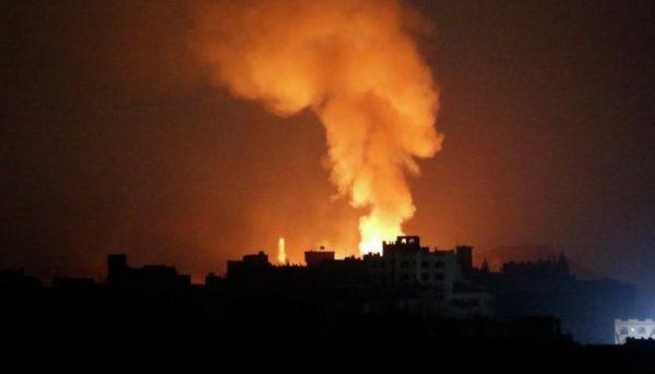 انفجارات عنيفة تّهز العاصمة صنعاء نتيجة تخزين مليشيا الحوثي للأسلحة في مناطق سكنية