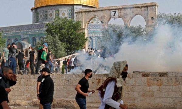 الحكومة اليمنية تدين بشدة الاعتداءات الإسرائيلية على المسجد الأقصى وقصف غزة