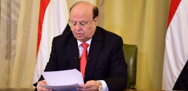 رئيس الجهورية: ثورتا سبتمبر وأكتوبر الخالدتين شكلتا الشخصية اليمنية الرافضة للكهنوت والاستعمار