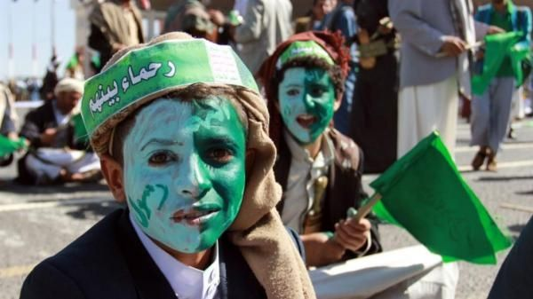 مولد (الحوثيين) الأخضر.. عنوان ديني لمهرجان سياسي يقوم على الحشد والتزييف والجباية