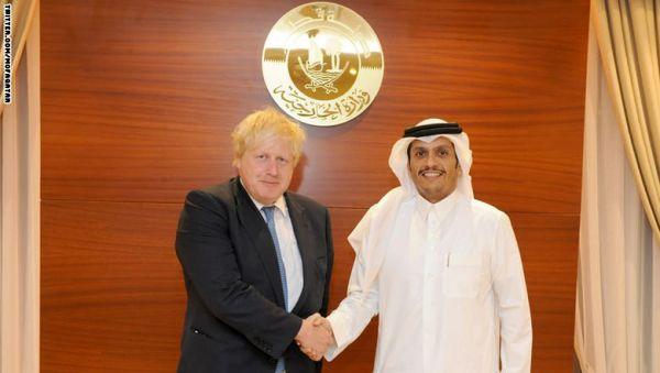 بعد السعودية والكويت.. وزير خارجية بريطانيا في قطر