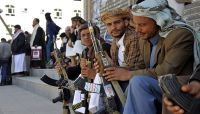 المليشيات تمنع أسر المختطفين في الأمن السياسي بصنعاء من إدخال ملابس الشتاء