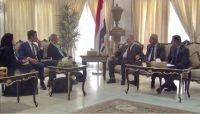دعوات حكومية للأمم المتحدة بالضغط على الحوثيين لصرف مرتبات الموظفين