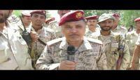 المفتش العام للجيش يتفقد الخطوط الأمامية في جبهة نهم شرقي صنعاء