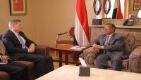 بن دغر: مليشيا الحوثي استحوذت على 840 مليار من موارد اليمن لعام 2017م