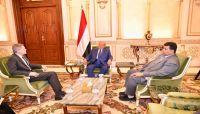 الرئيس هادي يجدد حرصه على السلام.. والعقيلي: اليمن مقبلة على مرحلة جديدة