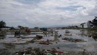 ارتفاع عدد ضحايا تسونامي بأندونيسيا إلى 832 قتيلا