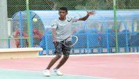 """اليمني """"نورس"""" يتأهل إلى نهائي البطولة الآسيوية للتنس"""