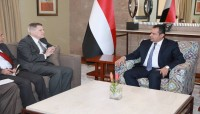 رئيس الوزراء يؤكد على خيار انهاء الانقلاب كأساس للحل في اليمن