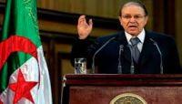 الرئيس الجزائري يقدم استقالته بعد مطالبات شعبية برحيله