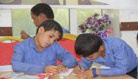 """الطفل مرشد يحكي لـ""""العاصمة أونلاين"""" قصة تجنيده من قبل الحوثيين"""