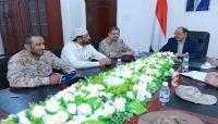 نائب الرئيس يصل مأرب ويشيد بتضحيات وبسالة أبطال الجيش الوطني
