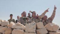 قائد العمليات المشتركة يزور أبطال الجيش بجبهة نهم شرقي صنعاء