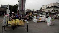 """الحوثيون يجددون نهب شاحنات إغاثية تابعة لـ""""الغذاء العالمي"""" بصنعاء"""