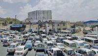 تواصل أزمة وقود خانقة بصنعاء رغم التدفق المستمر لناقلات المشتقات النفطية
