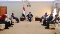 الحكومة تدعو المفوضية السامية لاتخاذ موقف تجاه جرائم الحوثيين بحق الصحفيين المختطفين