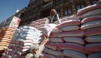 فساد الحوثيين بنهب وإعاقة الإغاثة يحرم ملايين الجوعى من المساعدات الانسانية