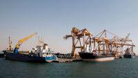 المليشيا الحوثية ترفض مبادرة حكومية لدخول النفط إلى ميناء الحديدة