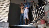إرهابيو سجون المليشيا.. مختطفون يؤكدون تعرضهم للتعذيب من قيادات أمنية حوثية بصنعاء (أسماء)