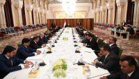 رئيس الجمهورية: على الحكومة مواجهة التحديات الاقتصادية والعمل كفريق واحد