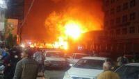 مدينة الحرائق والسوق السوداء.. حريق جديد يلتهم مستودعا لتخزين الوقود المحتكر بصنعاء