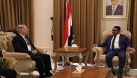 وزير النفط يكشف عن مساعي حكومية لتطوير عمليات الإنتاج النفطي والغازي