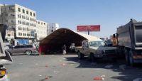 تطورات مقتل الطفل (جميل) على يد قيادي حوثي.. نصب خيمة في شارع رئيسي
